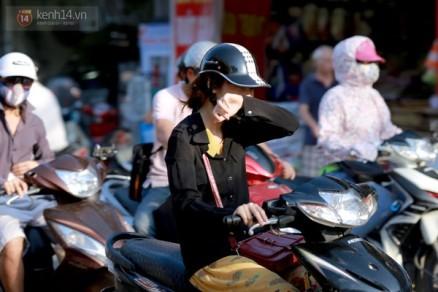 Chum-anh--Canh-dung-cho-den-do-cua-nguoi-Ha-Noi-ngay-nang-gat-10-1400055038