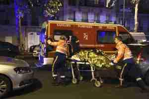 paris_attacks_008-8d09782e427c773228c504c249d40b31adaa5bce-s800-c15