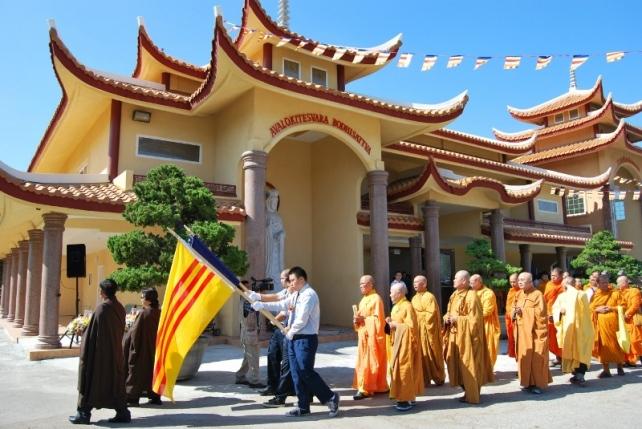 Image result for chua.hoanghiem.org/home