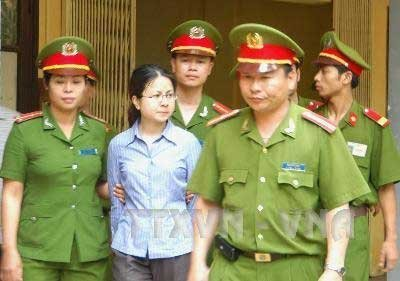 tem Le thi cong Nhan 3
