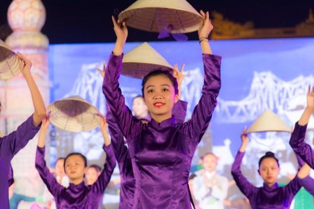festival-hue-2016-nhieu-diem-moi-hap-dan-dang-cho-gio-khai-cuoc1461833411
