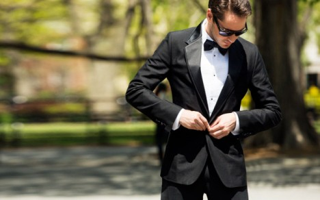 new-york-personal-guide-by-yale-breslin-dolce-and-gabbana-tuxedo-button-640x400