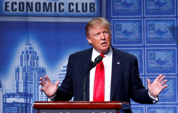 Republican U.S. presidential nominee Donald Trump speaks to the Detroit Economic Club at the Cobo Center in Detroit, Michigan August 8, 2016. REUTERS/Eric Thayer TPX IMAGES OF THE DAY
